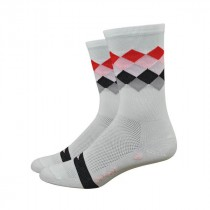 Defeet aireator high-top red square fietssok wit rood