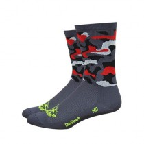 Defeet aireator high-top chaussetes cycliste camo rouge
