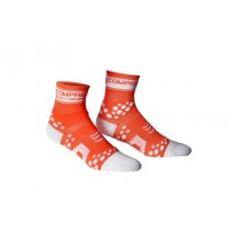 COMPRESSPORT Racing Socks V2 Fluo Orange