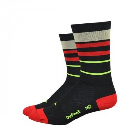Defeet aireator high-top gold line chaussetes cycliste noir rouge gold