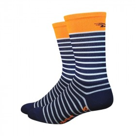 Defeet aireator high top chaussettes sailor bleu orange